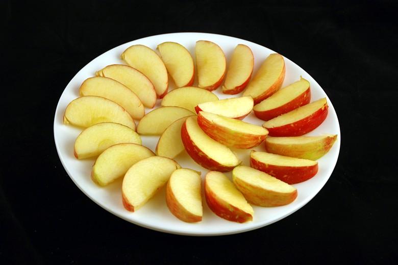 איך 200 קלוריות נראות בכל מיני מאכלים? תפוחים