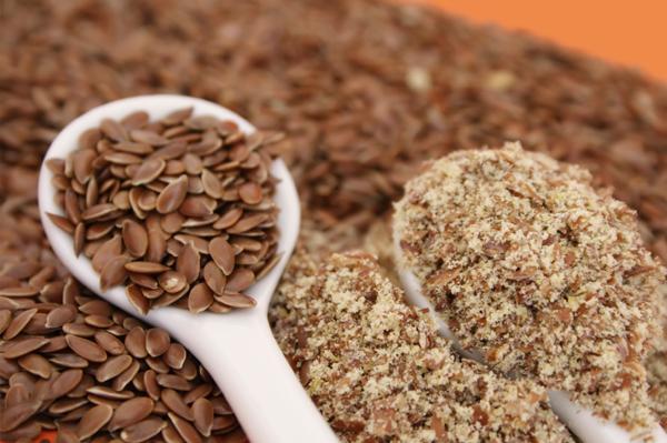 5 יתרונות בריאותיים לזרעי פשתן