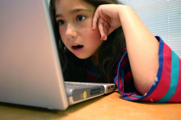 איך נדריך את ילדינו לשימוש בטוח באינטרנט?