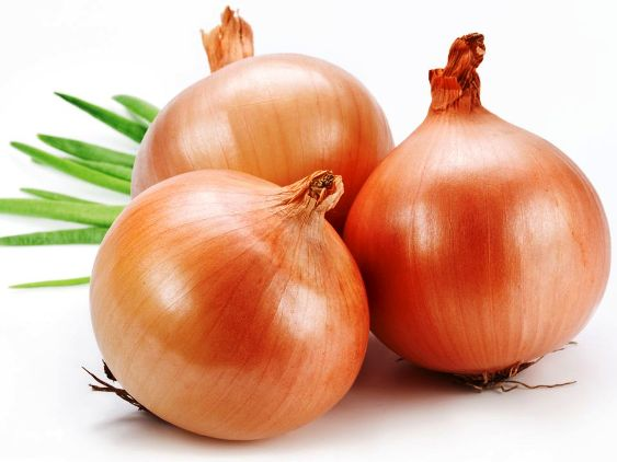 Stop-Greying-with-Onion-Juice-and-speed-up-hair-Growth