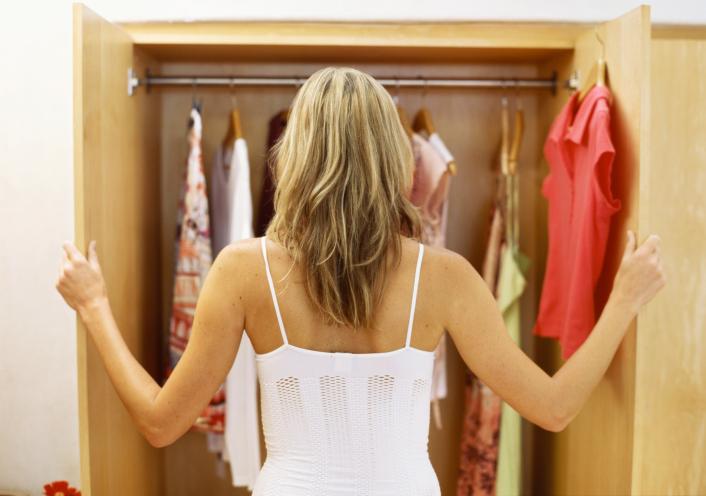 אילו פריטי לבוש את חייבת בארון שלך?